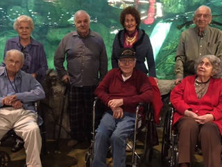 http://avemariahome.org/wp-content/uploads/2015/12/pic-section-assisted-living-life-320x240.jpg