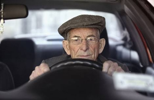features-news_elderly-driver.jpg